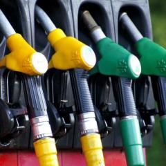 image of fuel bowser hoses